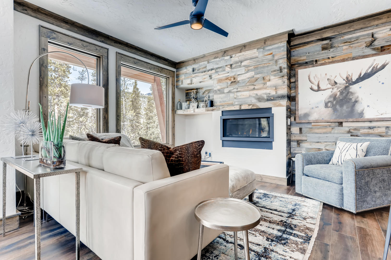 Living Room - New Seasons at Keystone
